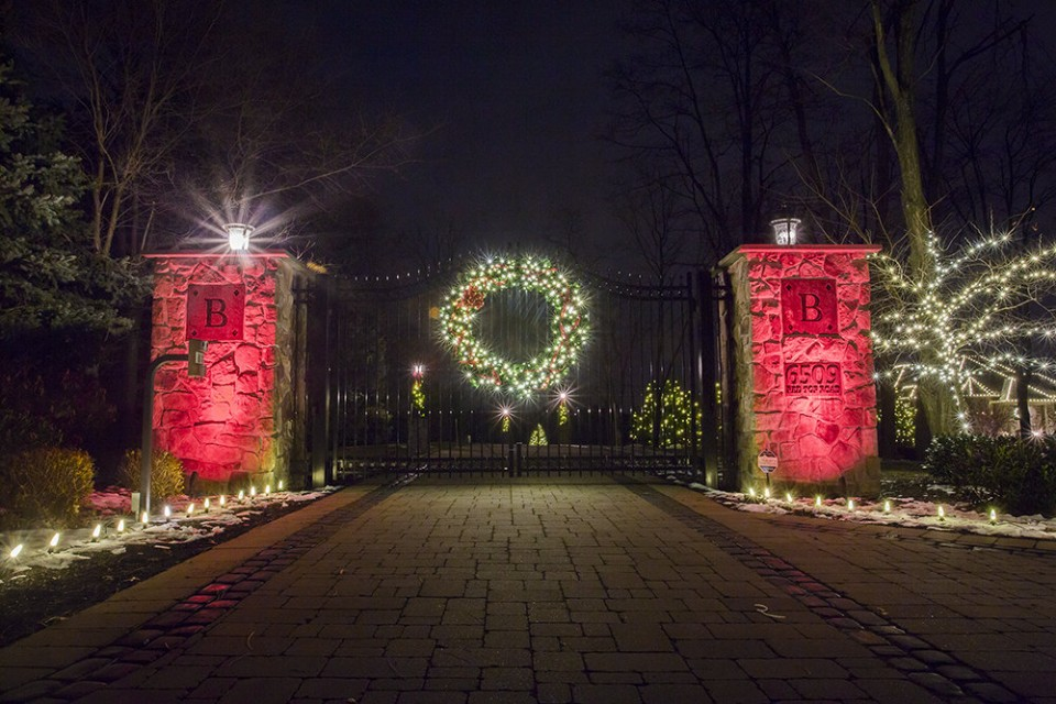 Holiday Lighting & Decor - Residential
